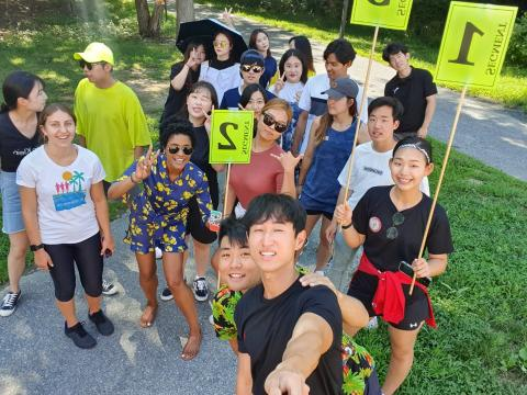 Dr. Roberts using experiential learning to teach students from the Kyung Hee University Summer Active Learning Program for Excellence about built enviroment features that promote physical activity, July 24, 2019.